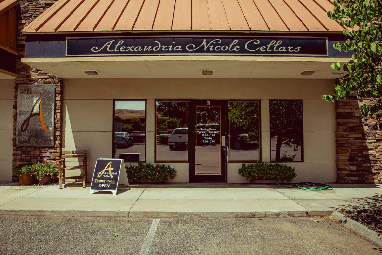 Prosser tasting room front entrance
